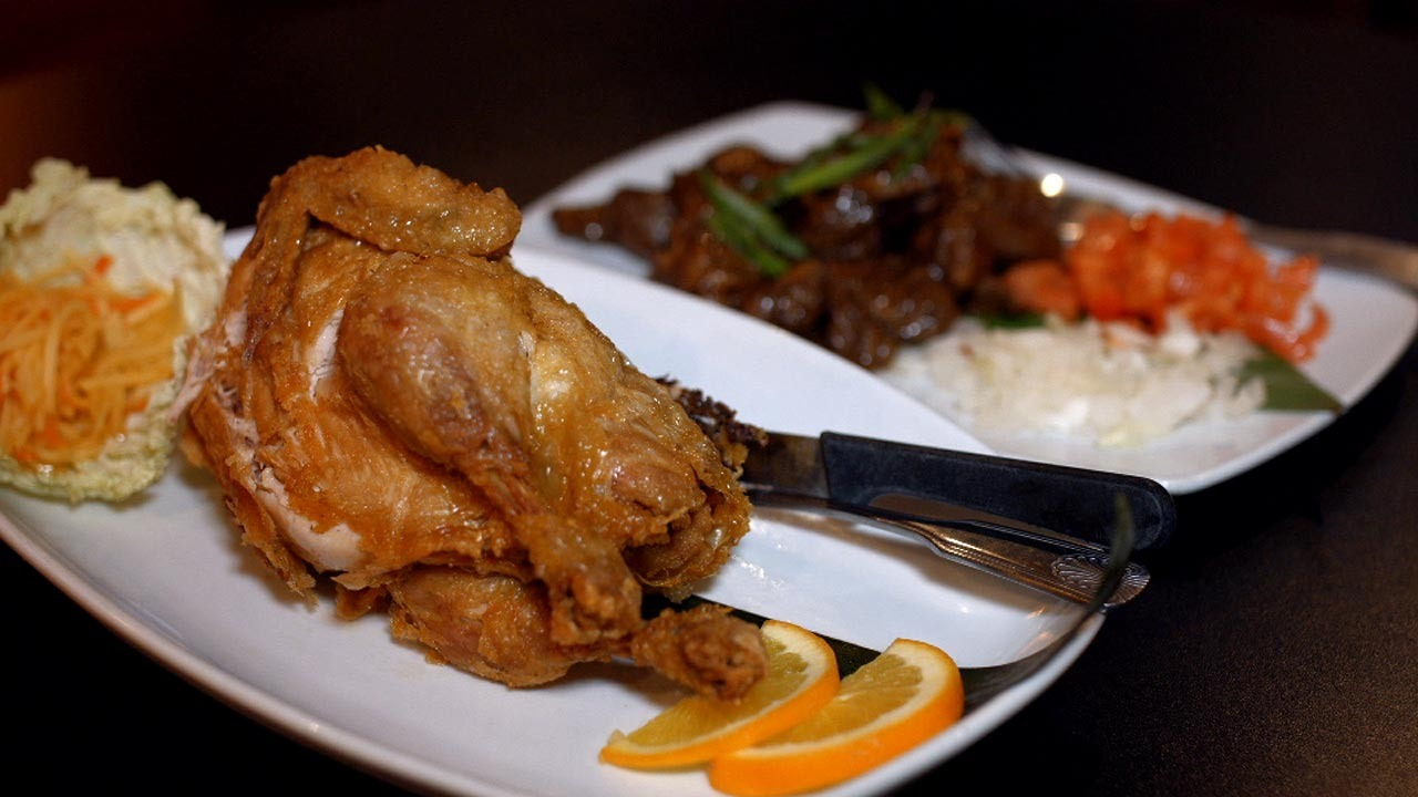 Compact: A great atmosphere and excellent Philippine cuisine