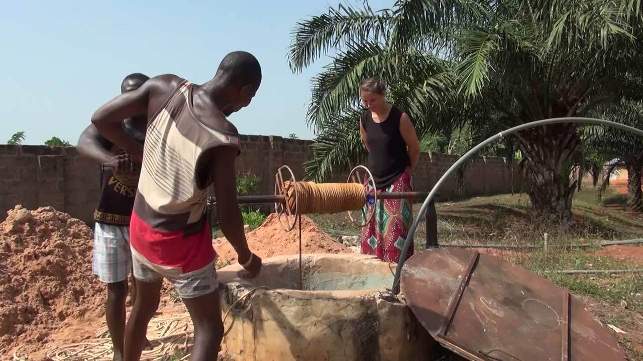 Restauration of the well for the Holy Trinity School in Nigera